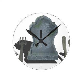 HeadstoneAndSilverware070315.png Round Clock