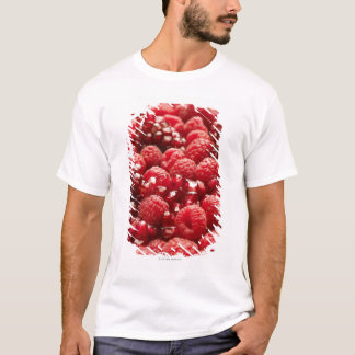 Healthy and nutritious red berries T-Shirt