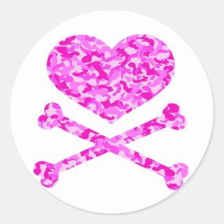 heart and cross bones urban camo pink round stickers