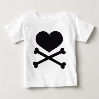heart and crossbones black tshirt