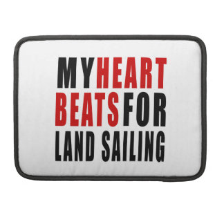 HEART BEATS FOR LAND SAILING SLEEVES FOR MacBooks