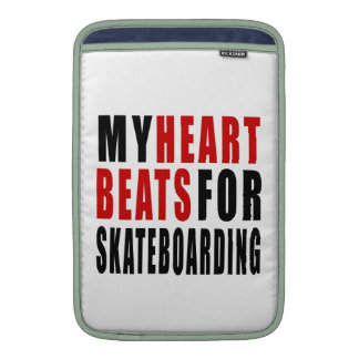 HEART BEATS FOR SKATEBOARDING SLEEVE FOR MacBook AIR