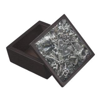 Heart charms gift box