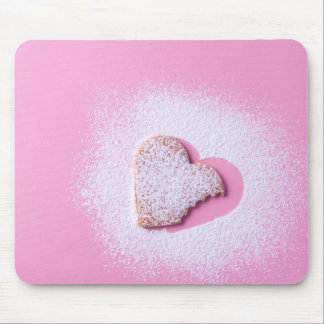 Heart cookie biten mouse pad