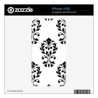 Heart Damask Lg Ptn Black on White iPhone 4 Skin
