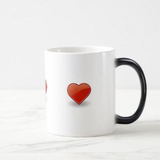 ?Heart, heart, heart!? Magic Mug