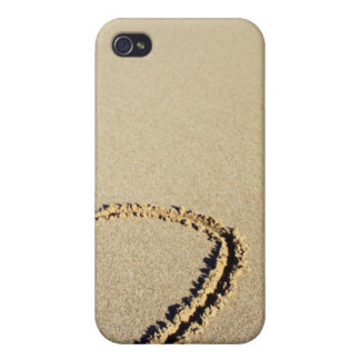 Heart in the Beach Cover For iPhone 4