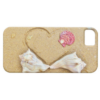 heart in the sand with shells iPhone 5 cover