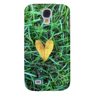 Heart Leaf on the grass Samsung Galaxy S4 Covers