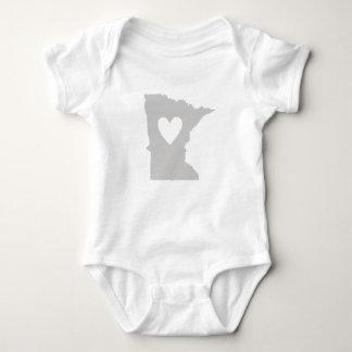 Heart Minnesota state silhouette Tee Shirt