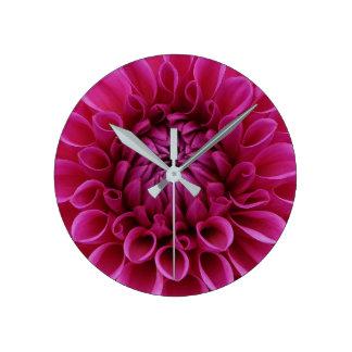 heart of flower round clock