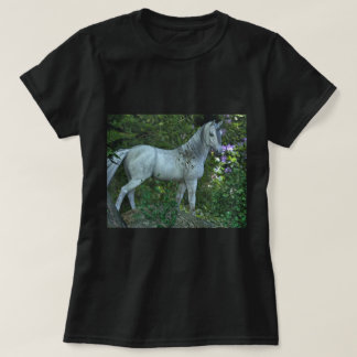 Heart of the forest unicorn Design T-Shirt