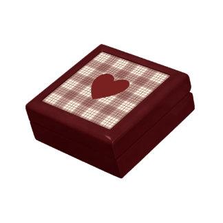 Heart on Plaid Reds & Cream Keepsake Box
