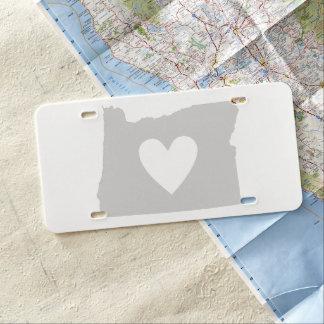 Heart Oregon state silhouette License Plate