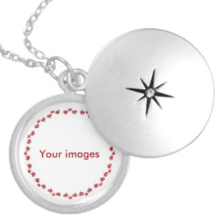 Heart picture round locket necklace
