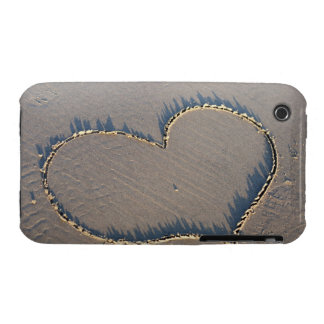 Heart shape drawn in the sand. Case-Mate iPhone 3 case