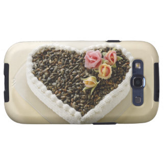 Heart shape wedding cake with flower, close-up samsung galaxy s3 case