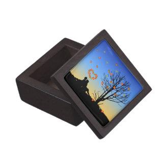 Heart-Shaped Autumn Leaves - Gift Box