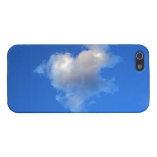 Heart shaped cloud Ipod Case