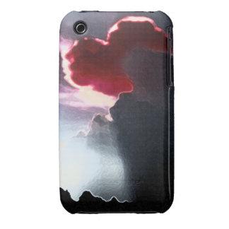 Heart-Shaped Cloudburst RED iPhone 3G/3GS BT Case