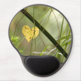 Heart shaped leaf Nature Rules Gel Mousepad