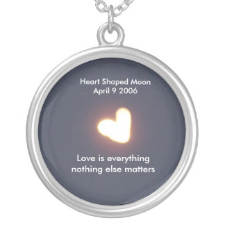 Heart shaped moon neckless round pendant necklace