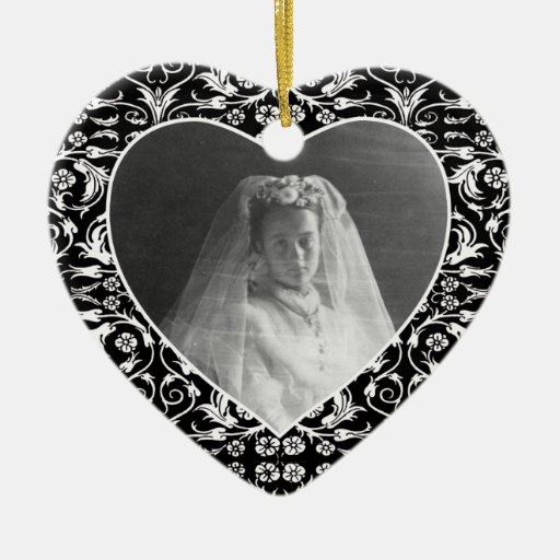 Heart Shaped Photo Frame Floral Ornaments
