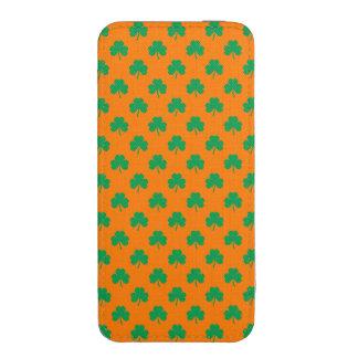 Heart-Shaped Shamrock Green on Orange St.Patrick's iPhone 5 Pouch