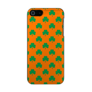 Heart-Shaped Shamrock Green on Orange St.Patrick's Incipio Feather® Shine iPhone 5 Case