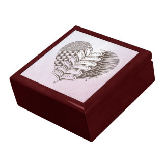 Heart with leaf and patterns keepsake box