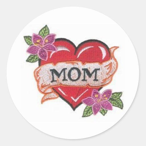 heart-with-mom-tattoohdmc6 pegatina redonda