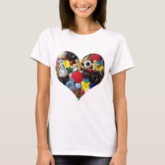 Heart with Snowman and Gingerbread Men Buttons T-Shirt