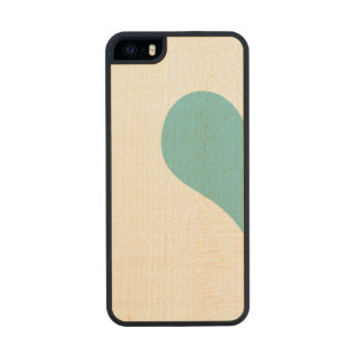 Heart Carved® Maple iPhone 5 Slim Case
