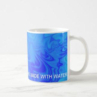 Hecho con agua - taza
