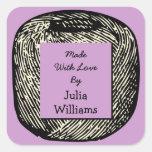 Hecho con la bola blanco y negro púrpura del amor colcomanias cuadradases