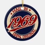 Hecho en 1969 adorno navideño redondo de cerámica