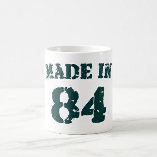 Hecho en 1984 taza básica blanca