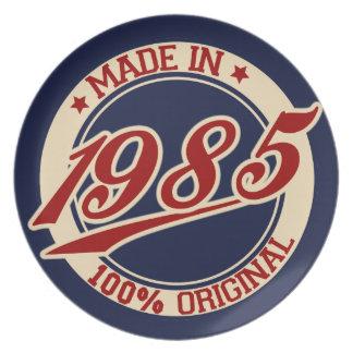 Hecho en 1985 platos para fiestas