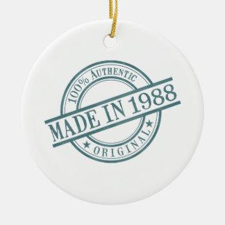 Hecho en 1988 adorno redondo de cerámica