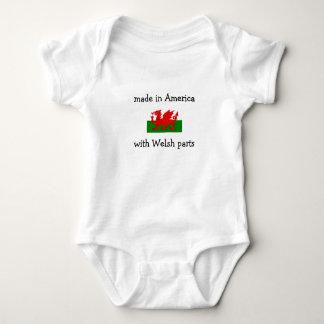 hecho en América con las piezas Galés Camisas