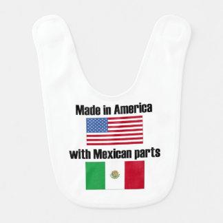 Hecho en América con las piezas mexicanas Babero De Bebé