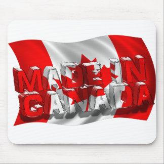 Hecho en Canadá (fondo de la bandera) Tapetes De Raton