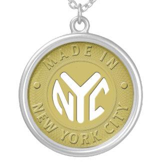 HECHO EN collar de NYC