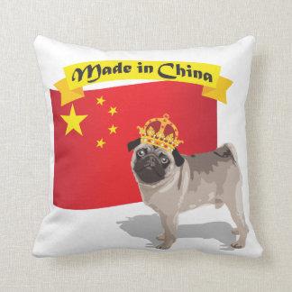 Hecho en el barro amasado de China con la corona y Cojín