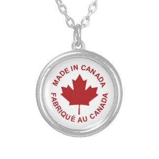 Hecho en el collar de Canadá