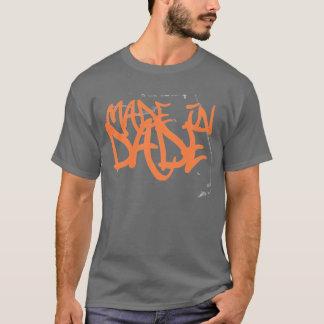 Hecho en el condado de Dade 305 en las camisetas y