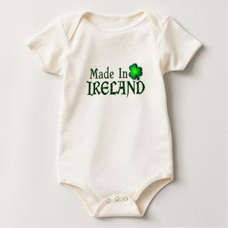 Hecho en el lema irlandés de encargo de Irlanda Body De Bebé