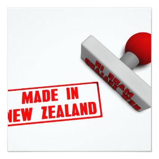 """Hecho en el sello o la tajada de Nueva Zelanda en Invitación 5.25"""" X 5.25"""""""