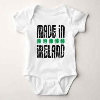 Hecho en Irlanda Polera