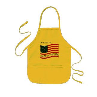 Hecho en la bandera de los E.E.U.U. Delantal Infantil